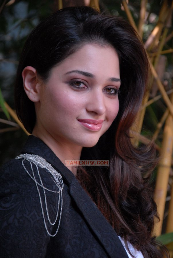 Actress Tamanna Photos 946