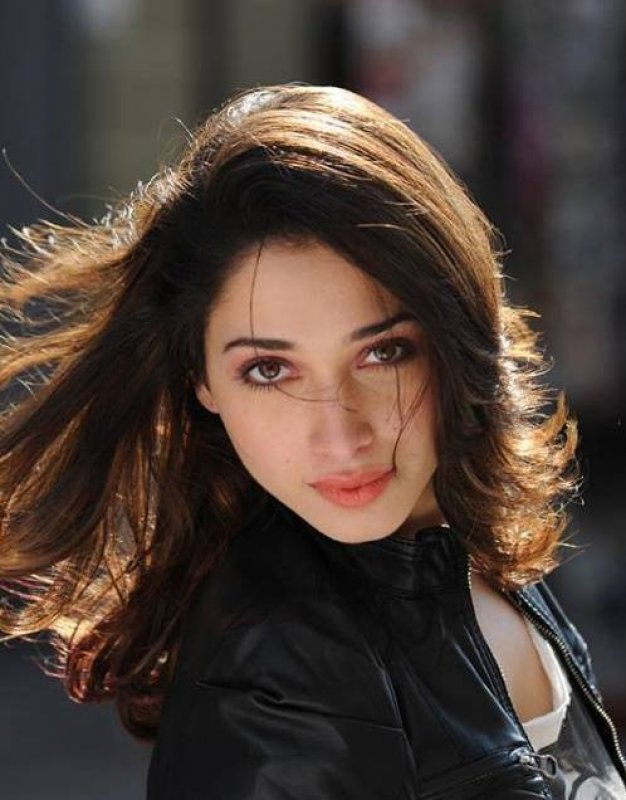 Cinema Actress Tamannah New Still 3489