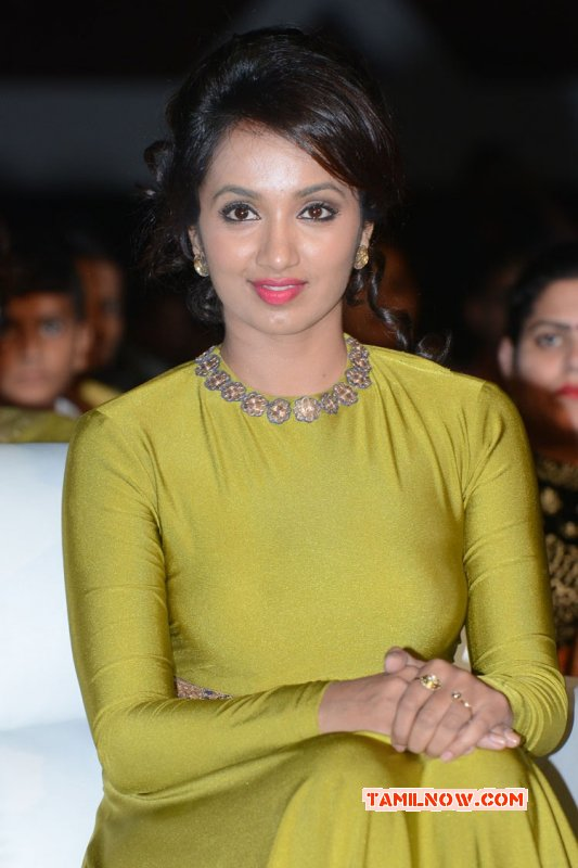 2015 Gallery Tejaswi Madivada South Actress 9486