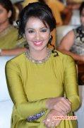 Tejaswi Madivada Tamil Actress 2015 Wallpaper 6458