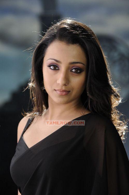 Actress Trisha Krishnan Stills 6903