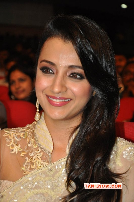 Recent Wallpapers Film Actress Trisha Krishnan 579
