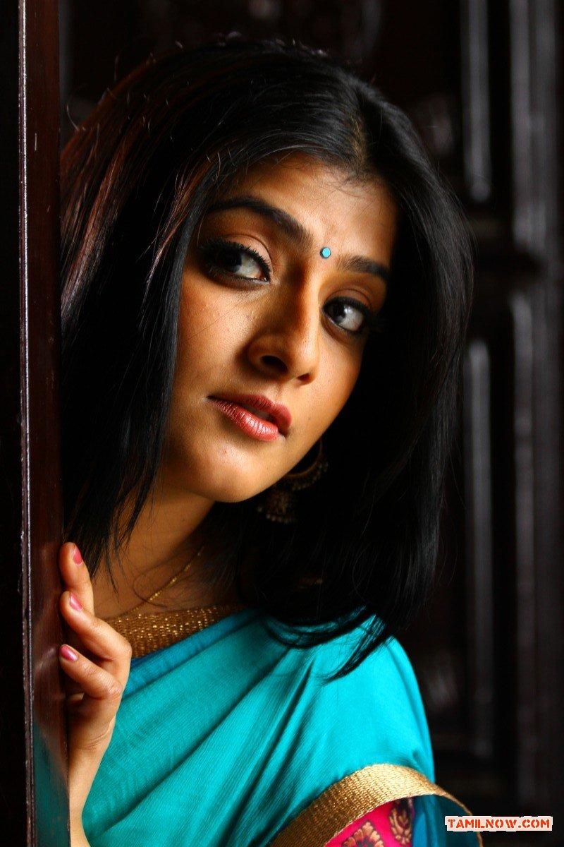 Actress Varalaxmi Sarathkumar 4483