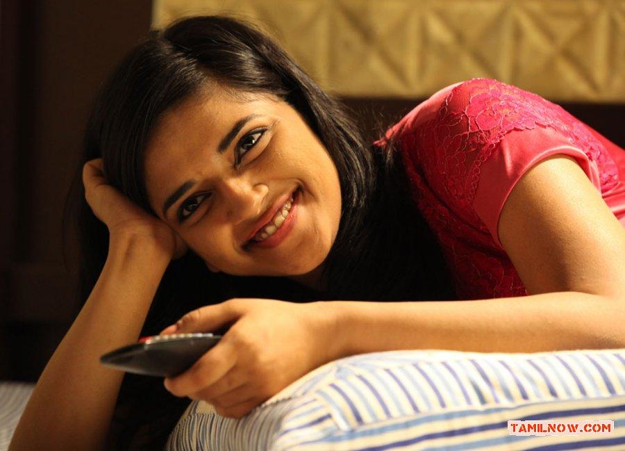 Tamil Actress Vasundhara Kashyap 6490