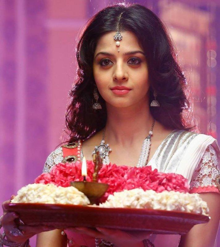 Jun 2020 Pic Vedhika Cinema Actress 6508