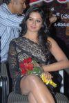 Tamil Actress Vimala Raman 8952