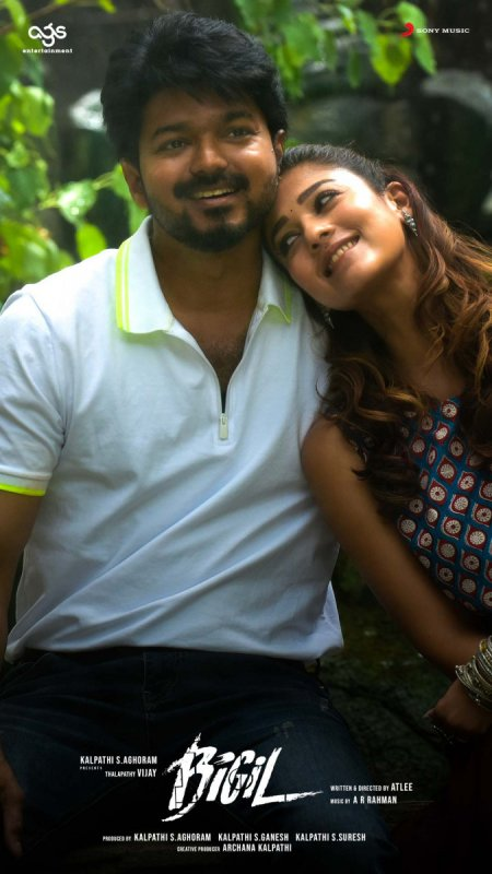 Vijay And Nayanthara Bigil Picture 951