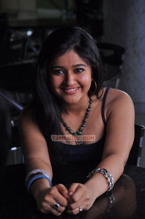 poonam bajwa hot in ethiri enn 3 288   tamil movie ethiri