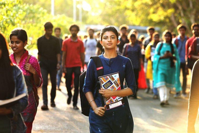 Cinema Aanandhi In Kamali From Nadukaveri 278