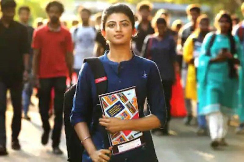 Tamil Cinema Kamali From Nadukkaveri 2021 Image 4431