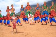 Anjali And Vishal In Madha Gaja Raja 474