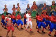 Anjali Vishal In Madha Gaja Raja 332