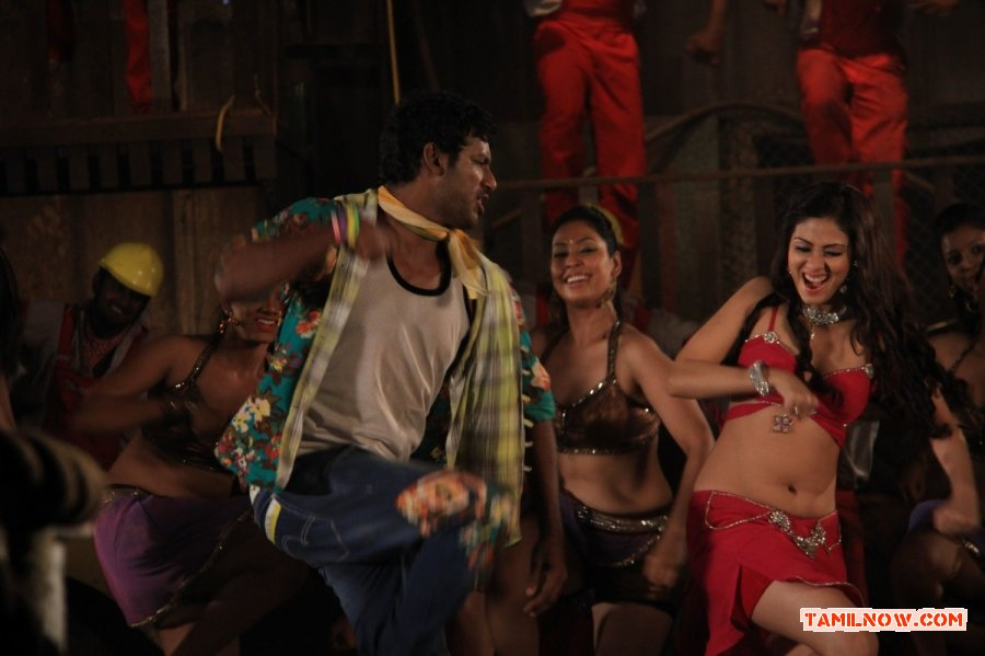 Vishal And Sada In Madha Gaja Raja 734