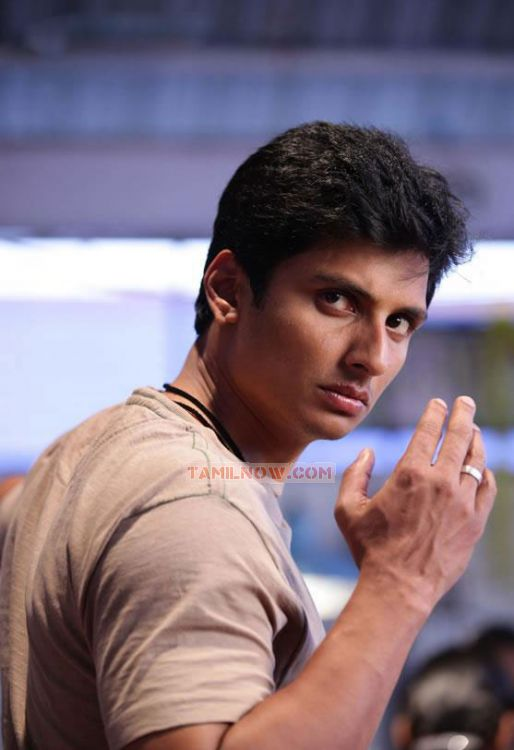 Actor Jeeva In Mugamoodi 679