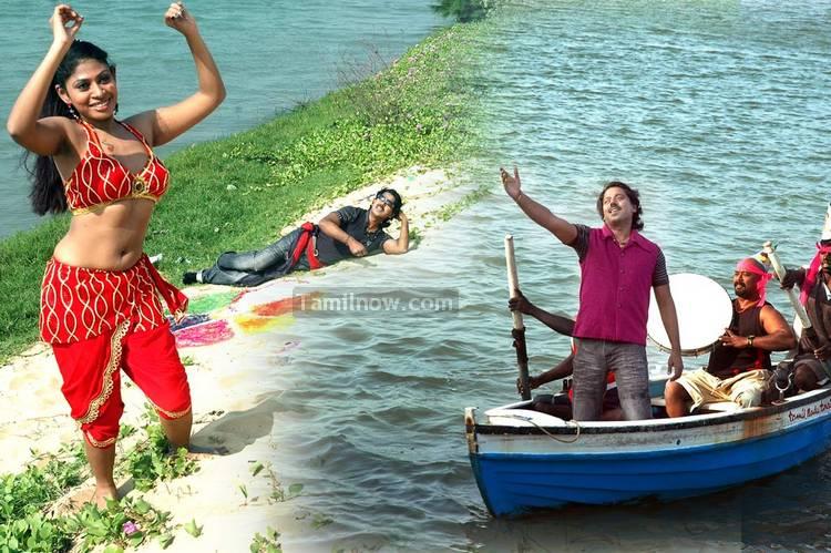 http://www.tamilnow.com/movies/gallery/naane-varuven/nane-varuven-film-stills-11.jpg