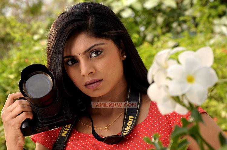 <b>Tamil Kathai</b> - shikha-in-tamil-movie-padam-parthu-kathai-sol-959