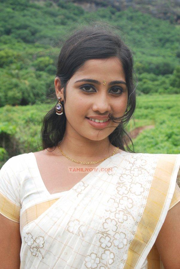 Sollamatten tamil movie 191 tamil movie solla matten stills sollamatten tamil movie 191 thecheapjerseys Gallery