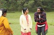 Yaadhum Oore Yaavarum Kelir Tamil Movie Stills 934