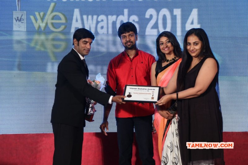 Oct 2014 Pics Function 10th We Magazine Awards 3502