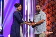 Meena At Filmfare Awards 888