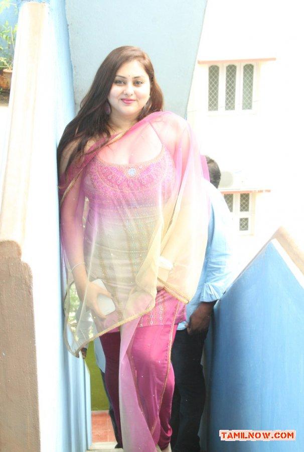 Actress Namitha Inaugurates Ksk Technologies 8612
