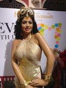 Boney Kapoor Janhvi Khushi Unveil Sridevi Wax Statue At Madame Tussauds