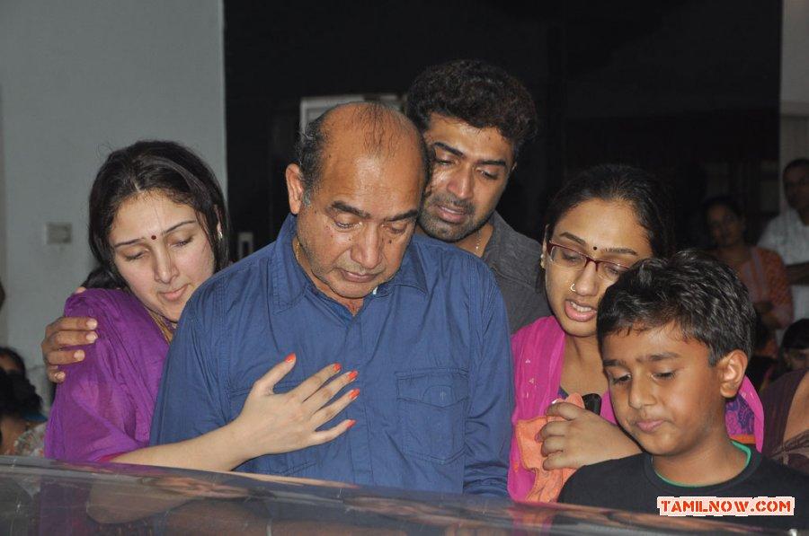 Vijayakumar Family 692 Tamil Movie Event Celebrities Pay