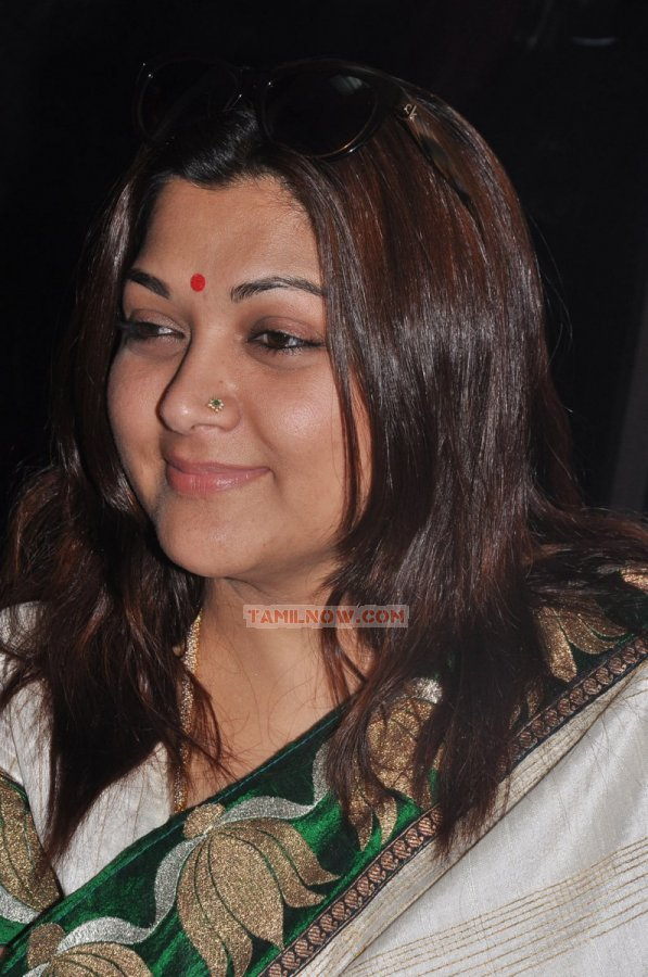 Khushbu 336 - Tamil Movie Event Craft Fertility Centre ...