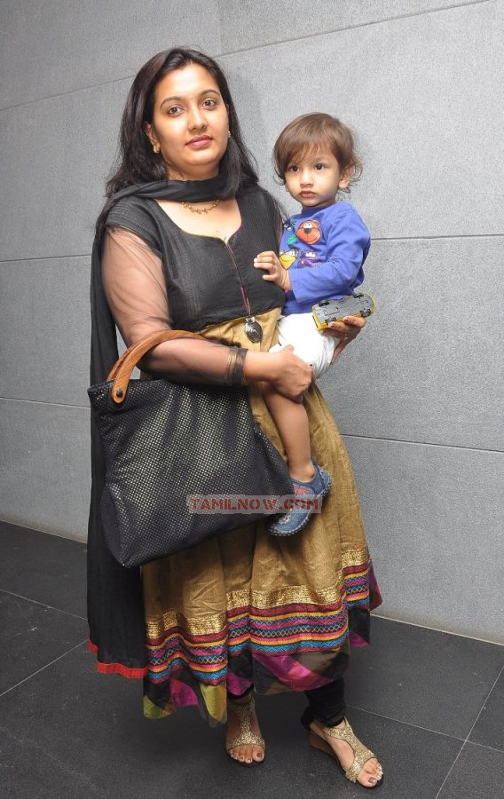 Actor jeeva wife supriya photos Aishwarya Rai Pregnancy weight gain pictures My Style Pinterest