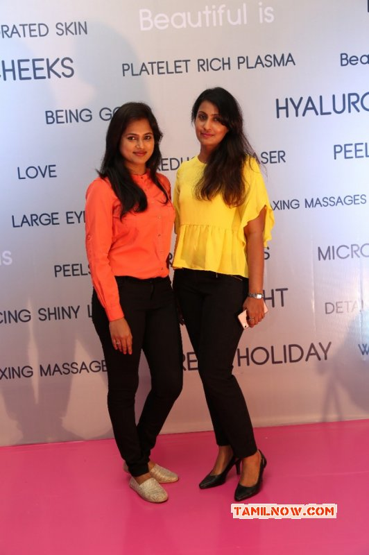 Ismo Skin Aesthetic Launch Tamil Function New Gallery 2396