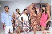Janani Iyer Essensuals Salon Launch 1482