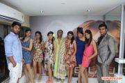 Janani Iyer Essensuals Salon Launch 4158