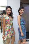 Janani Iyer Essensuals Salon Launch Photos 8172