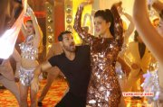 John Shruthihaasan Shoots For Welcome Back Song