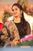 Photo Actress Anushka Shetty At Lingaa Audio Launch 480