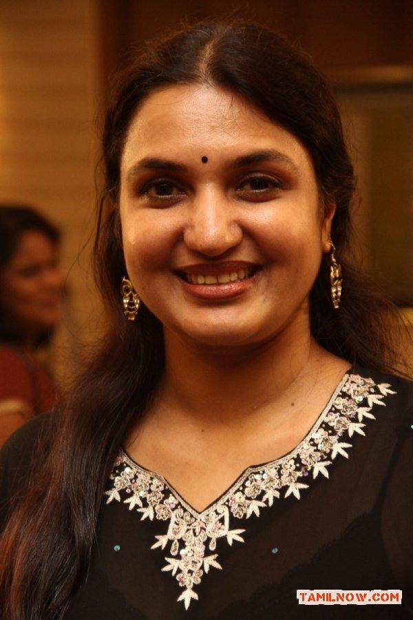 Actress Sukanya 954