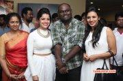 Latest Gallery Tamil Movie Event Nerungi Vaa Muthamidathe Premiere Show 3663