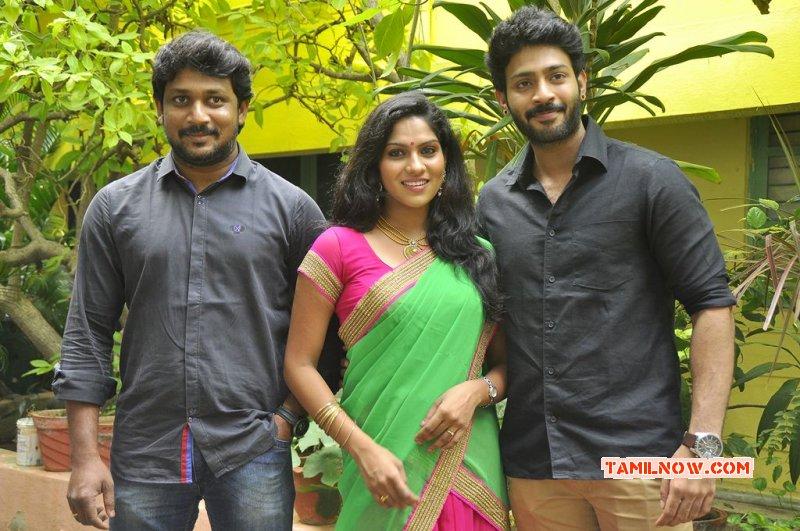Latest Still Tamil Event Panduvam Movie Team Interview 7562
