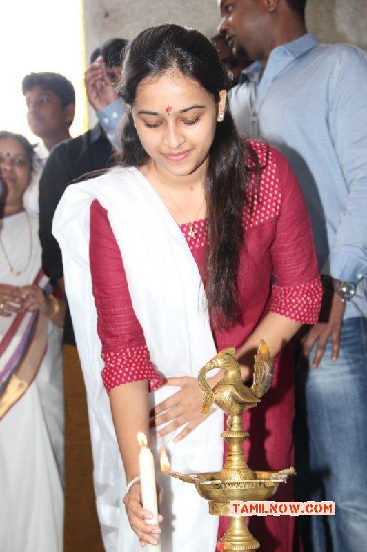 Actress Sri Divya New Photo 276