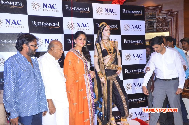 Anushka Launched Rudhramdevi Jewellery At Nac 782