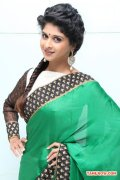Actress Naveena 935