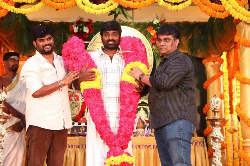 Recent Album Tamil Function Tughlaq Darbar Movie Pooja 9289