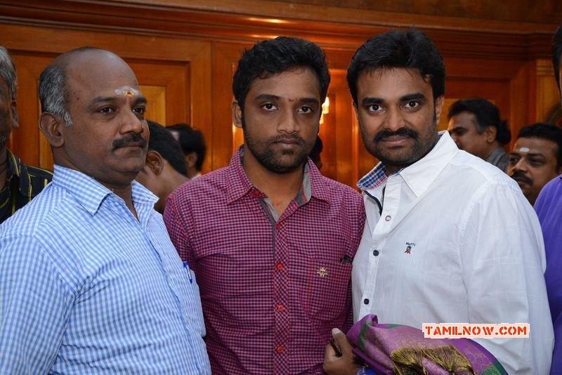 Oct 2014 Pictures Vikram Prabhu Press Meet 8223