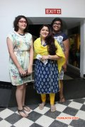 Kushboo With Daugthers Avanthika Ananditha Function Photo 95
